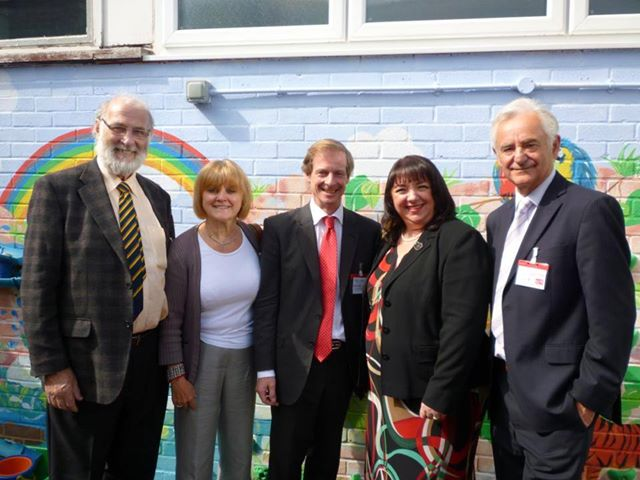 Sittingbourne & Sheppey Labour Parliamentary Candidate Guy Nicholson (centre) with the Shadown Childrens & Families Minister Sharon Hodgson MP (centre right), Frances Rehal (centre left) Swale Central County Councillor Roger Truelove (right) and Cllr. Ghlin Whelan (left) at the Woodgrove Childten's Centre.